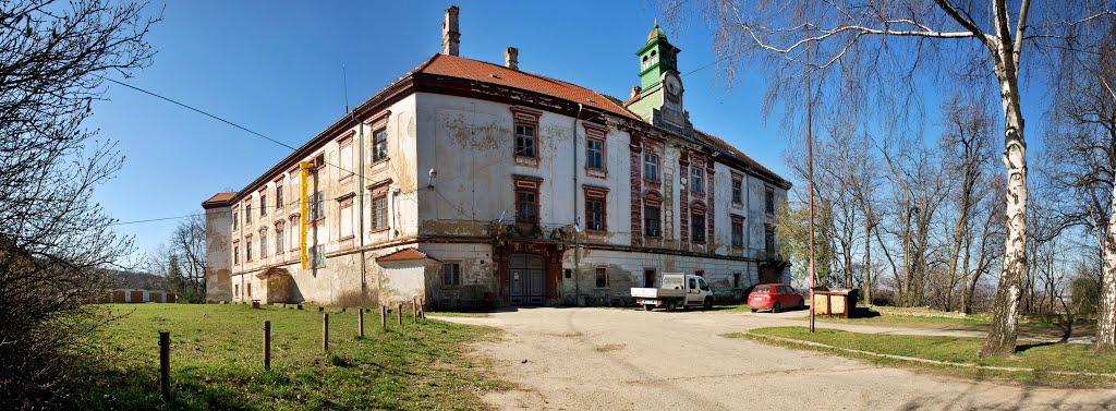 Zámok, Hlohovec