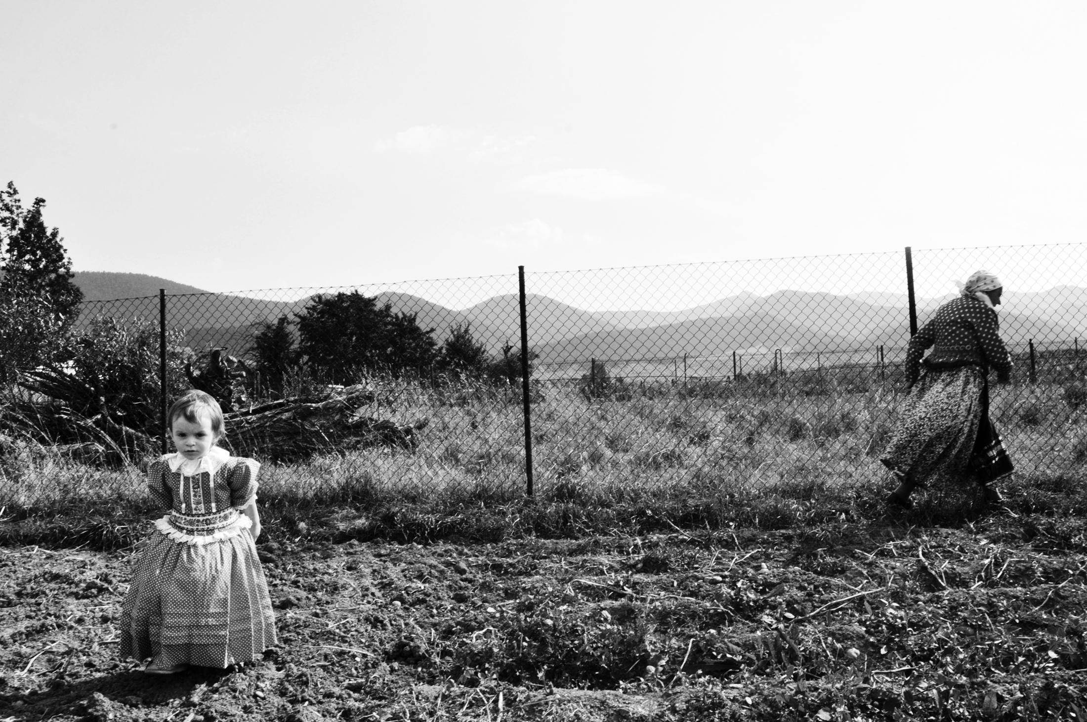 Pozrite si unikátne fotografie zachytávajúce životy starých ľudí a detí |  Sóda