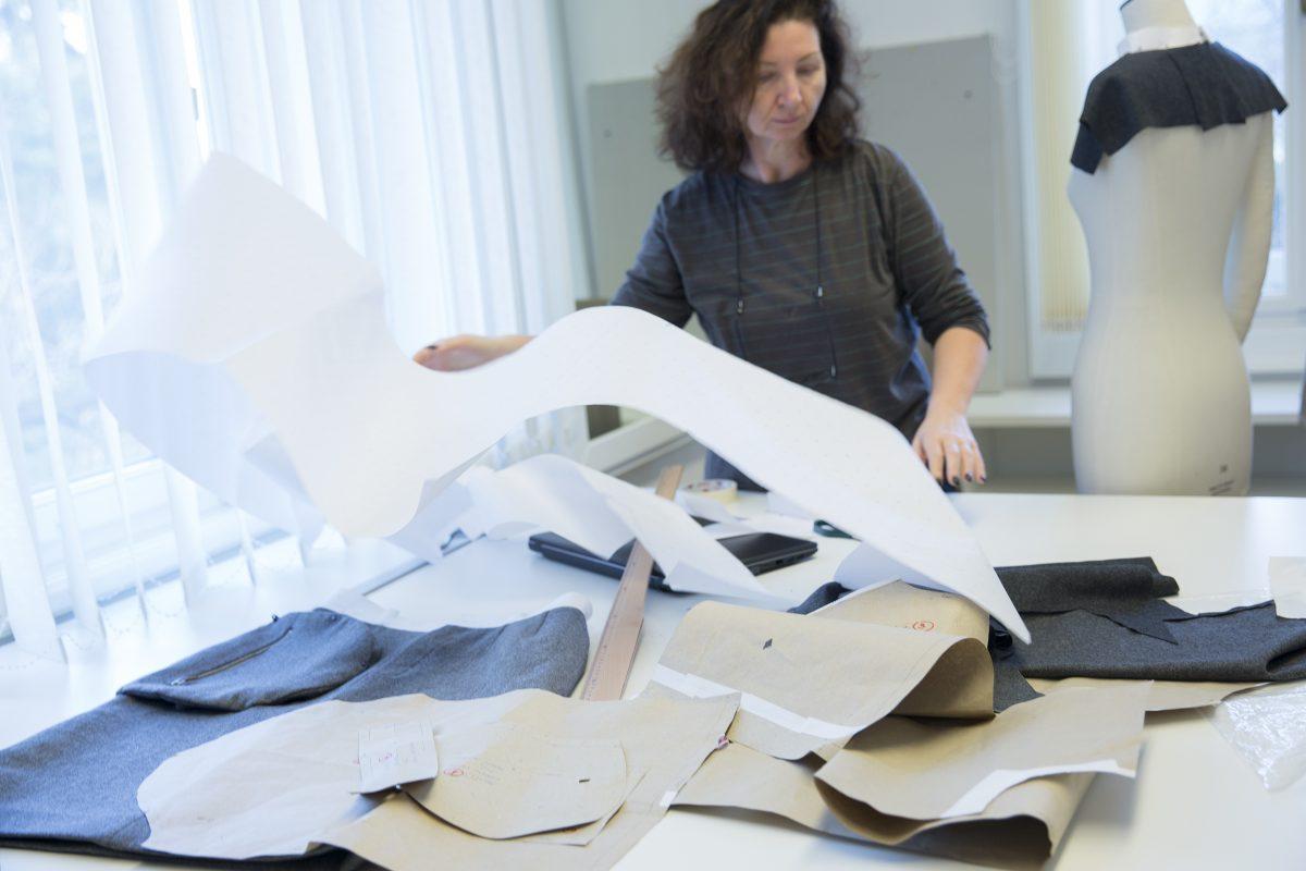 Nehera papierový strih