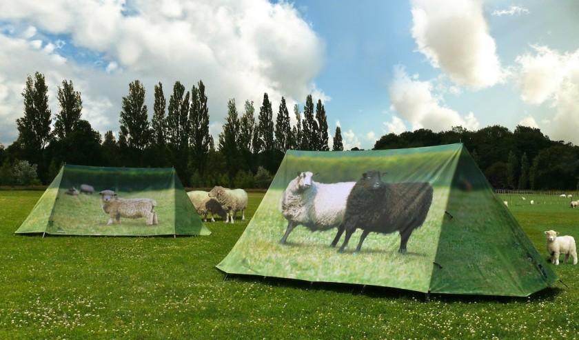 "<a href=""http://www.fieldcandy.com/animal-farm-2-person-sheep-tent.html"" target=""_blank"">Zdroj: FieldCandy</a>"