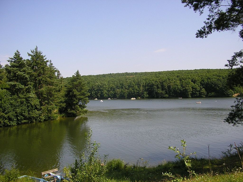 "[lnk url=""https://commons.wikimedia.org/wiki/File:Duchonka_-_panoramio.jpg""]Zdroj: Wikimedia CC 4.0, Autor: Michal Jakubský[/lnk]"