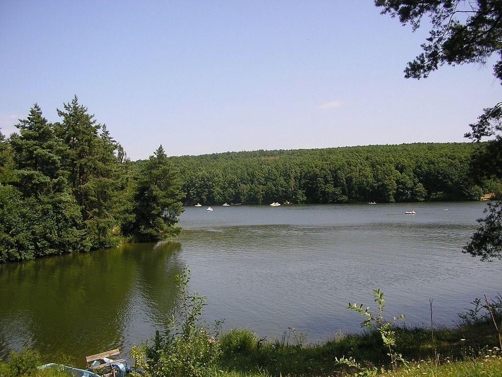 "<a href=""""https://commons.wikimedia.org/wiki/File:Duchonka_-_panoramio.jpg"""" target=""_blank"">Zdroj: Wikimedia CC 4.0, Autor: Michal Jakubský</a>"