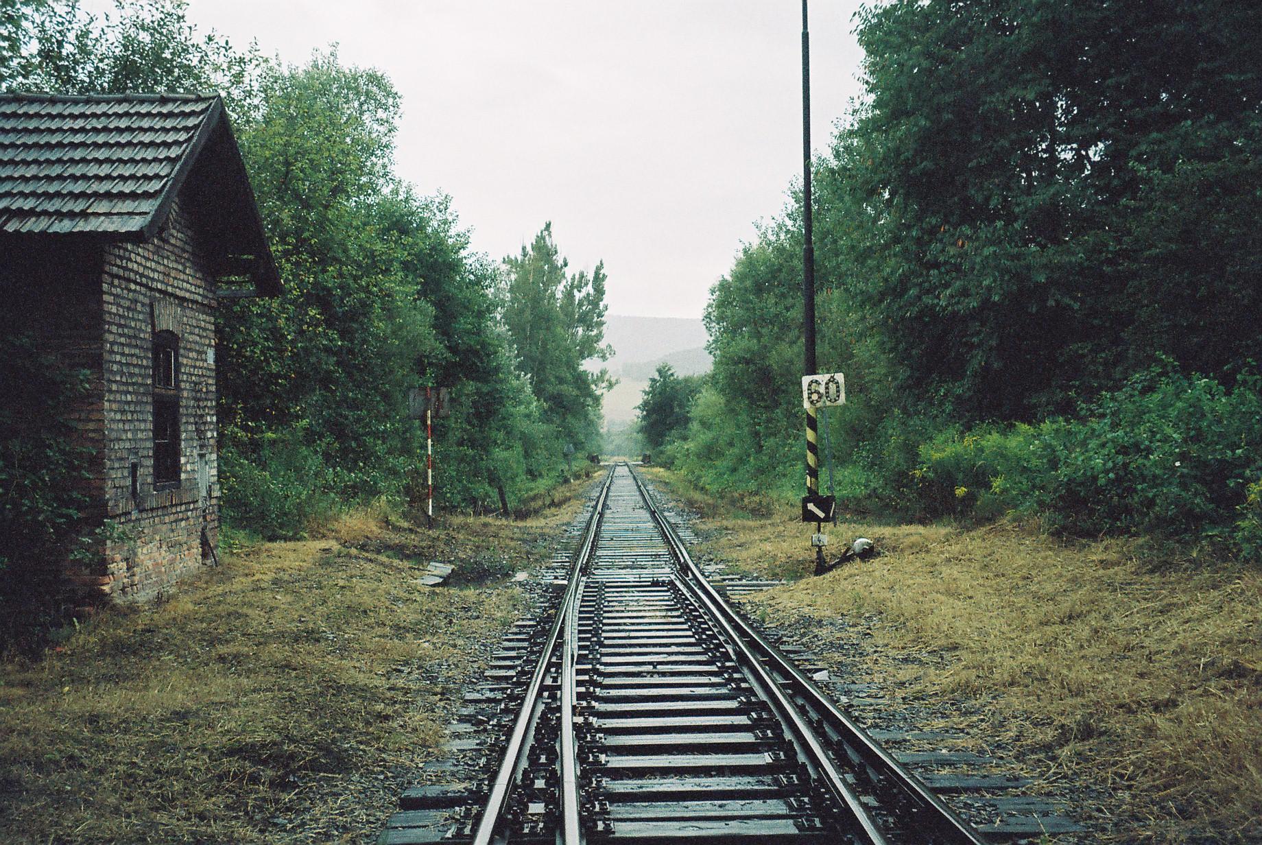 koľajnice, vlak