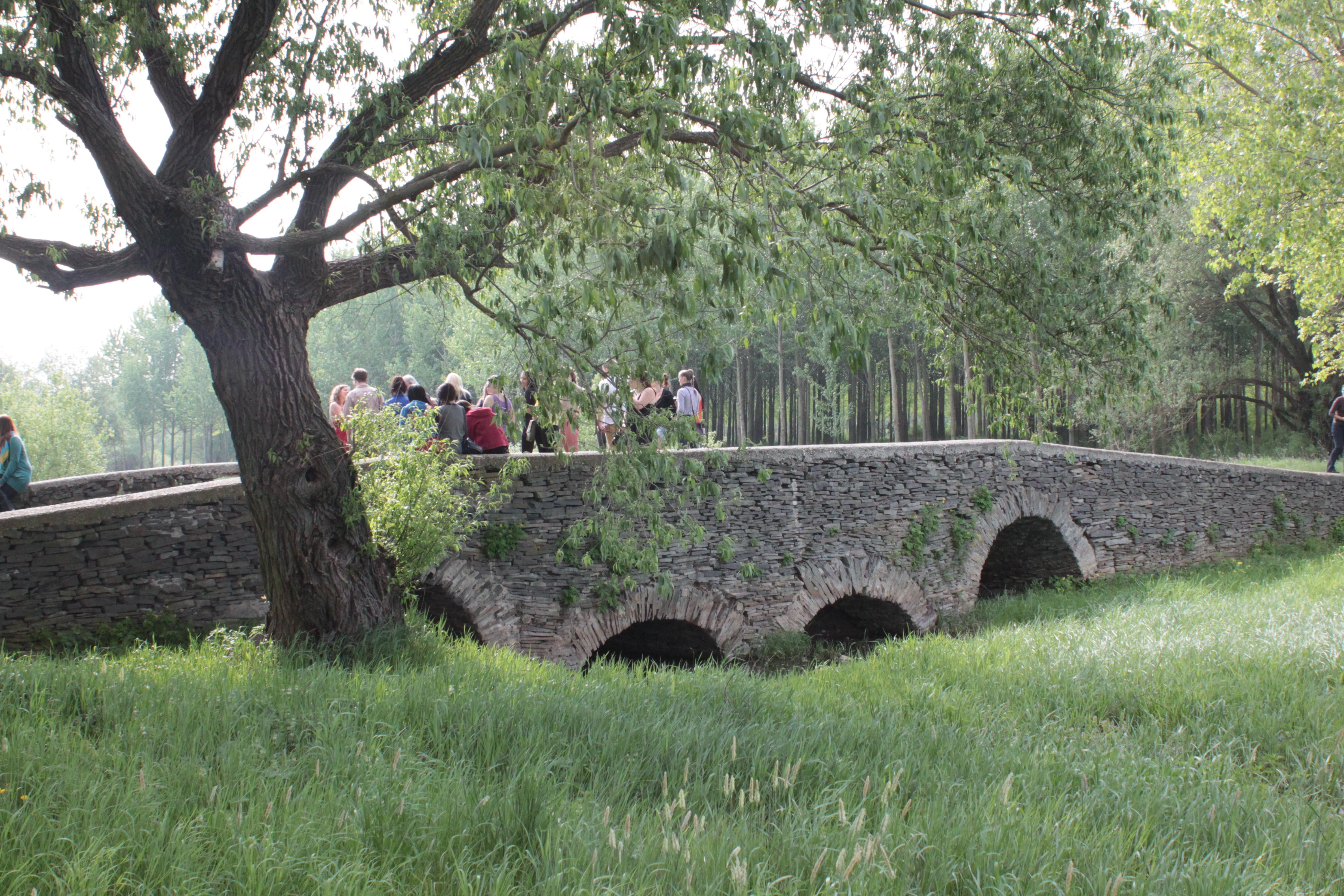 kamenný most Leles