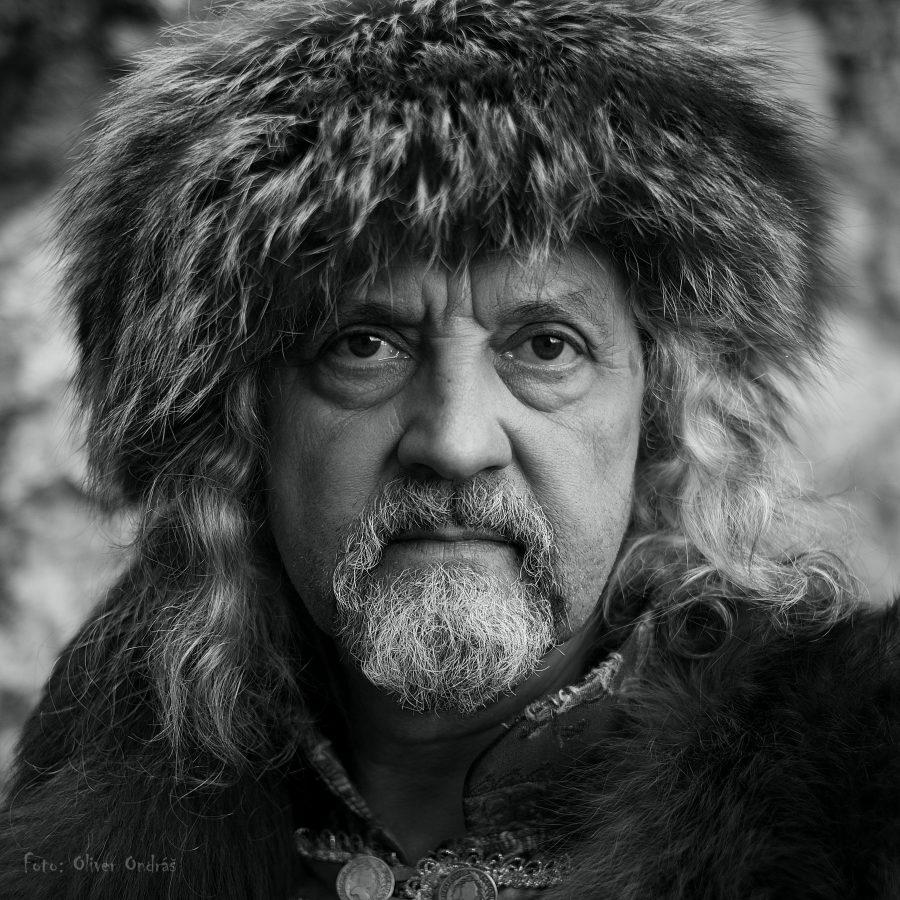 Miloslav (60) je šéf šermiarskej skupiny Páni Spiša zo Spišského Podhradia, na fotke vkostýme zo 17. storočia