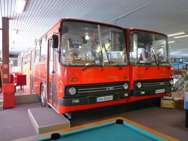 "[lnk url=""http://www.veterany.eu/2013/08/03/zaujimavosti-netradicna-kaviaren-v-ikarusoch-280/""]Zdroj: Bus-Cafe[/lnk]"