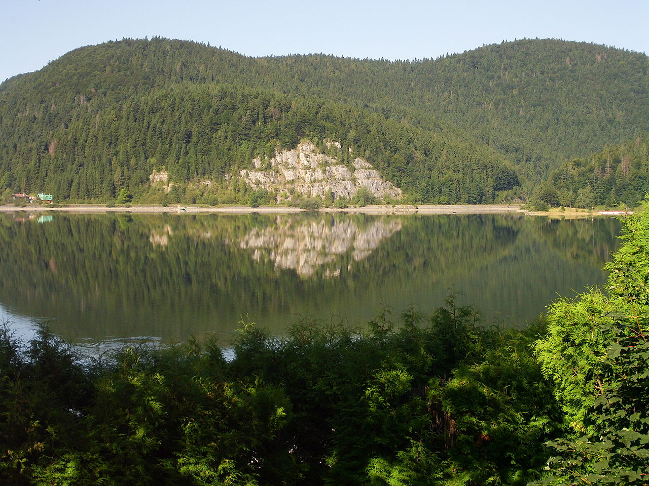 "[lnk url=""https://upload.wikimedia.org/wikipedia/commons/0/03/Palcmanska_Masa_rock.JPG""]Zdroj: Wikimedia Commons, Autor: Jan Pešula[/lnk]"