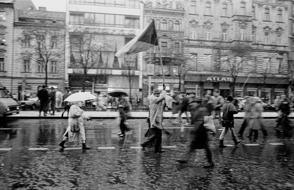 "[lnk url=""https://commons.wikimedia.org/wiki/File:Praha_19891122-418-14.jpg""]Zdroj: Wikimedia Commons, Autor: Gampe[/lnk]"