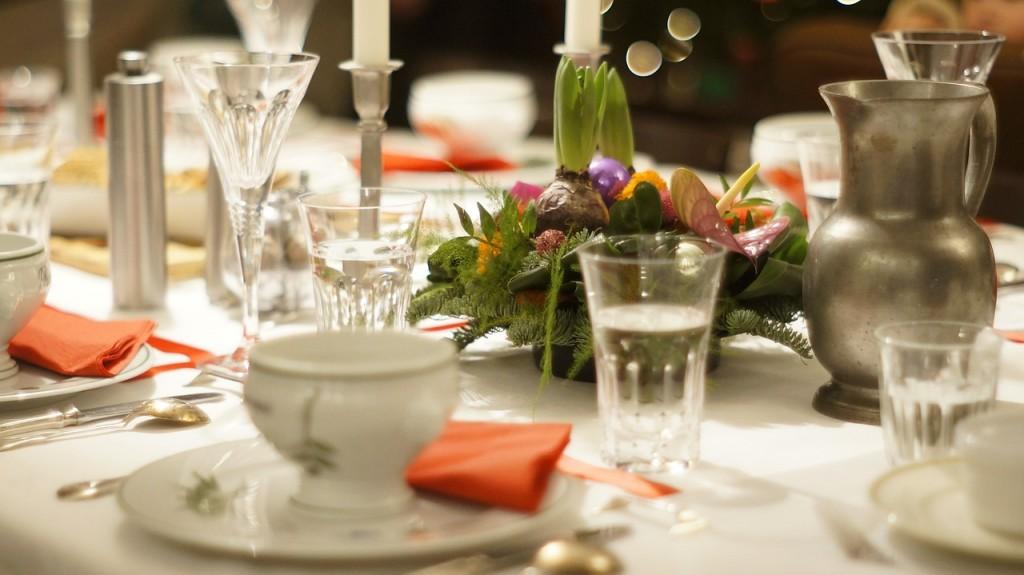 sviatočný stôl