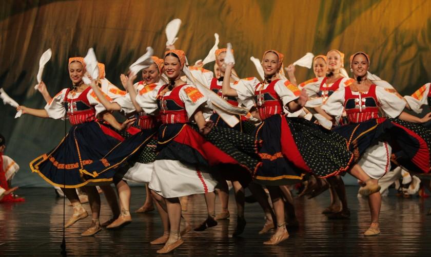 folklórne tanečnice