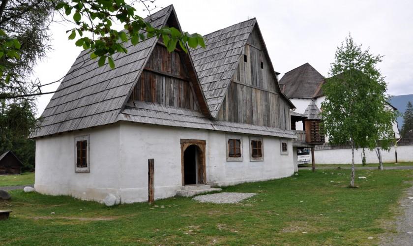 tradičné slovenské domy