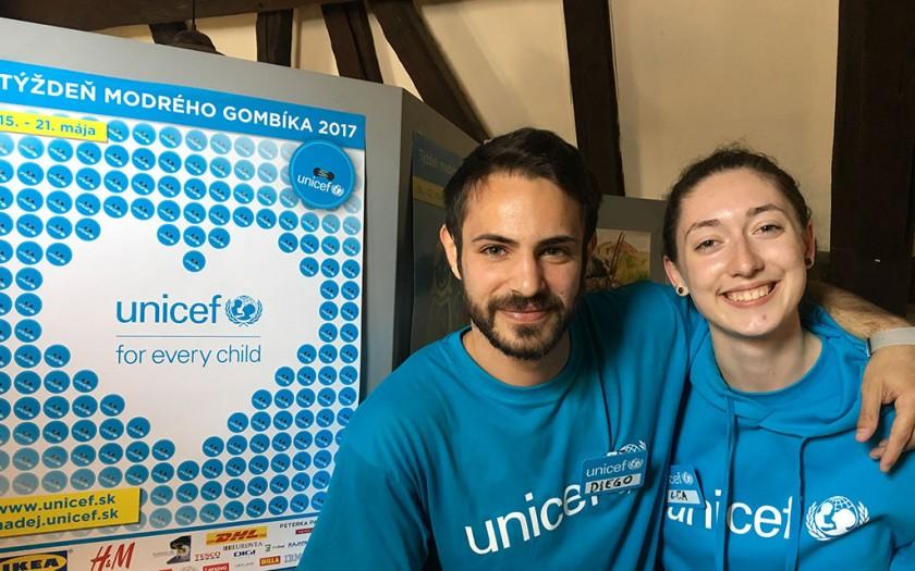 UNICEF, chlapec, dievča
